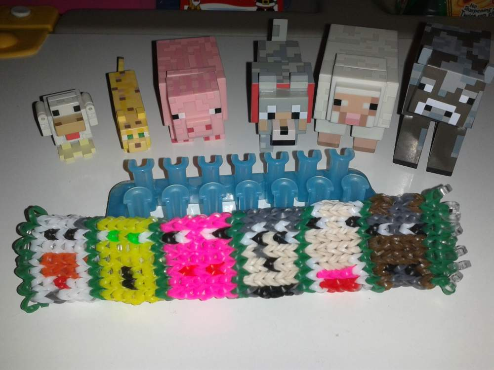 Minecraft Animals Alpha Loom bracelets | Loom Community, an