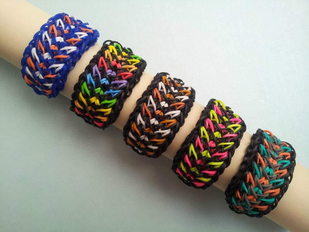 Плетение браслета широкого из резиночек